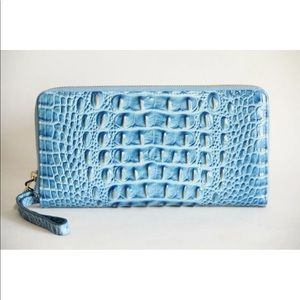 BRAHMIN SKYLER LEATHER WALLET WRISTLET CERULEAN